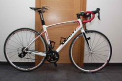 GIANT Defy Composite 1 Compact