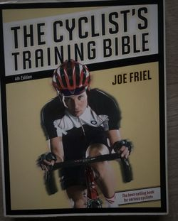 Kniha: The cyclist's training bible