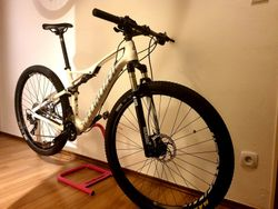 "Specialized Epic Comp Carbon, 29"", velikost M"