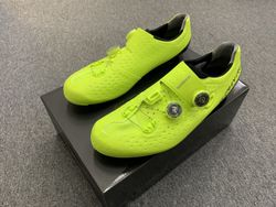 Shimano SH-RC9 S-Phyre Road Shoe - ESHRC9OC - neon-yellow
