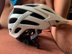 Helma Specialized VICE white vel. M