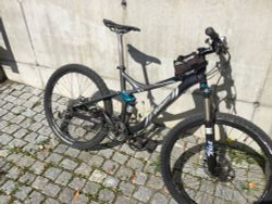 "Specialized Safire 26"", vel. M"