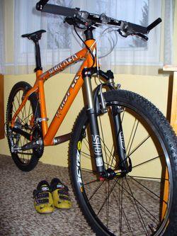 e02483d6a6 Horská kola Oranžová