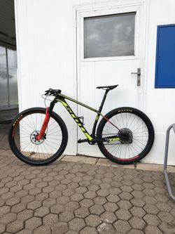 Kolo SCOTT Scale RC 900 World Cup 2018, velikost M,L