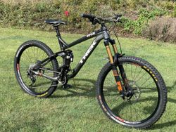 Trek Slash 8, 650b CUSTOM , vel.19,5