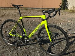 28) Cannondale SYNAPSE CARBON DISC RED eTAP 2018 velikost 56