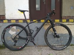 Canyon Exceed CF SL (29´) - L