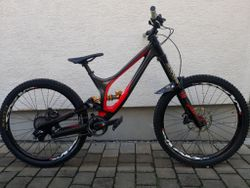 DH kolo Specialized Demo 8 II