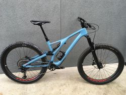 2019 Specialized Stumpjumper Expert 27.5 Medium.
