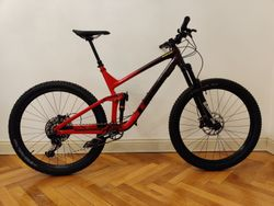 "Trek Slash 8 29"" 2020"