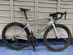 S-Works Tarmac SL6 light silver/explosion