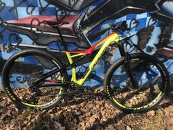 Specialized Stumpjumper fsr Comp Carbon 6Fattie 29'kola + 27,5+' kola